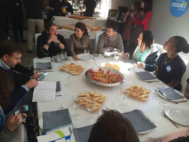 Desayuno con periodistas cesar