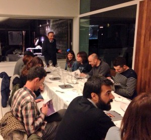 Cenando Grupo Evento
